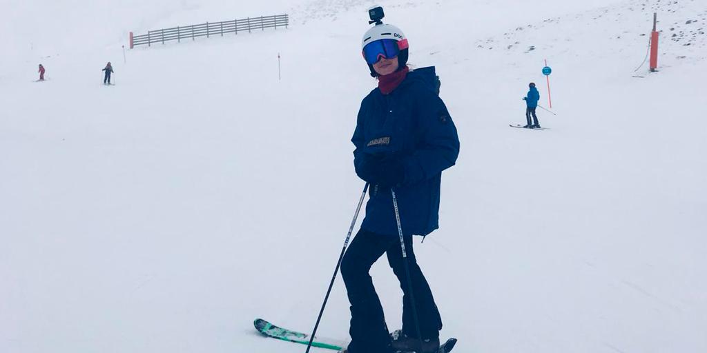Esquiada Esencia Carmenta